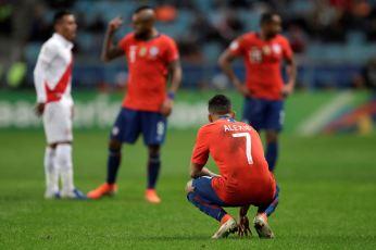 PERU GOLEA A CHILE Y CLASIFICA A LA FINAL (21)