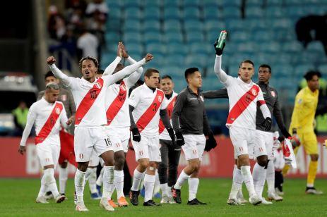 PERU GOLEA A CHILE Y CLASIFICA A LA FINAL (31)