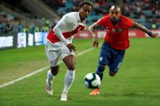 PERU GOLEA A CHILE Y CLASIFICA A LA FINAL (6)